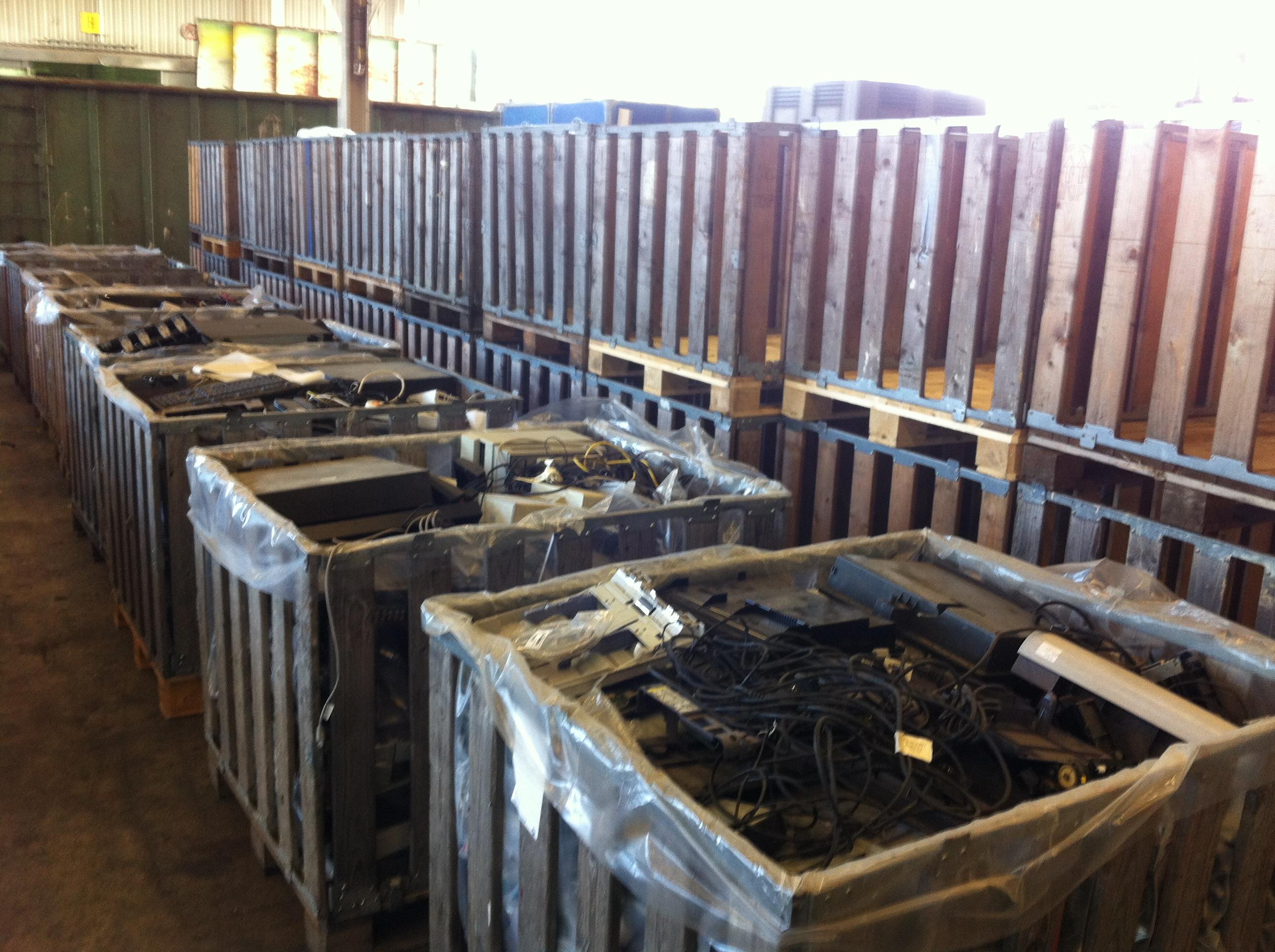 Elektroschrott - palettenboxen